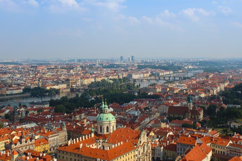 Paisaje urbano de la Praga vieja fotos de archivo