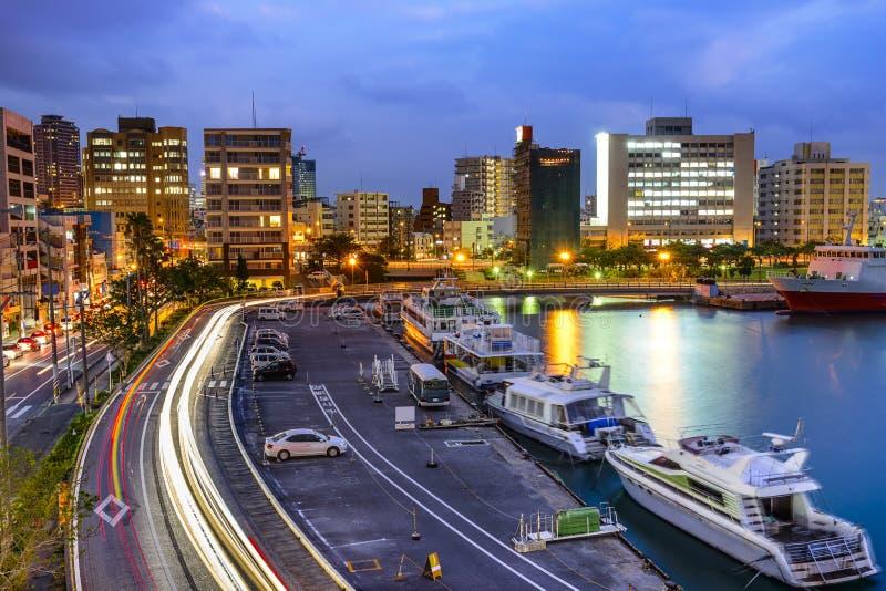 Paisaje urbano de Naha, Okinawa, Japón fotografía de archivo