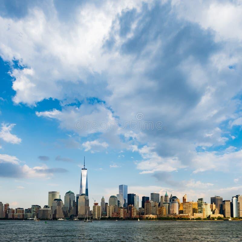 Paisaje urbano de New York City durante día fotos de archivo libres de regalías