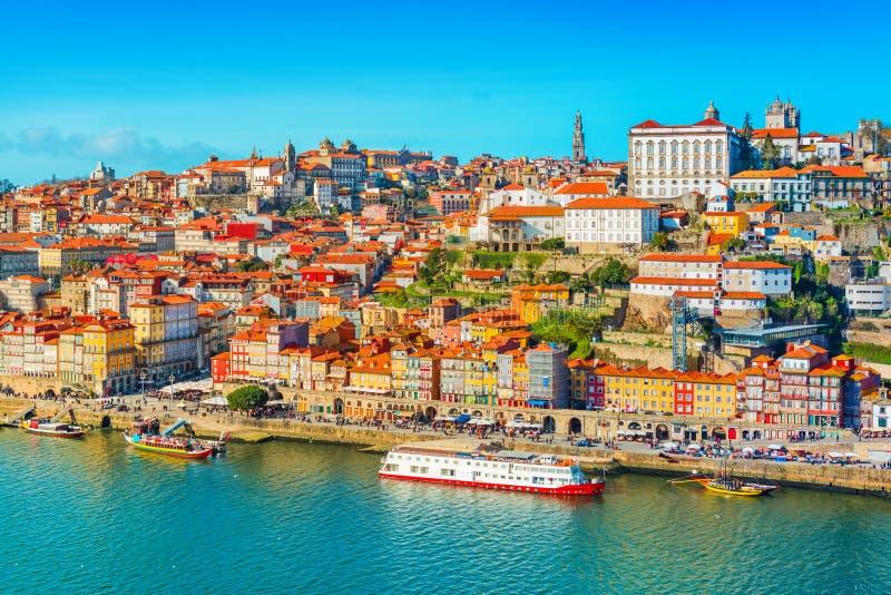 Paisaje urbano de Oporto Oporto, Portugal imagen de archivo libre de regalías