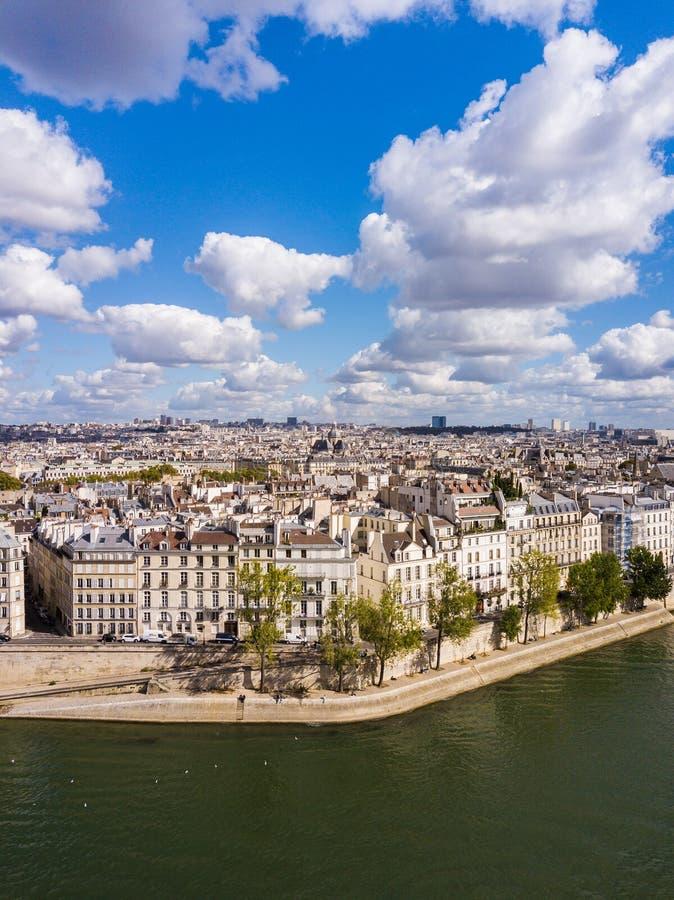 Paisaje urbano de París foto de archivo
