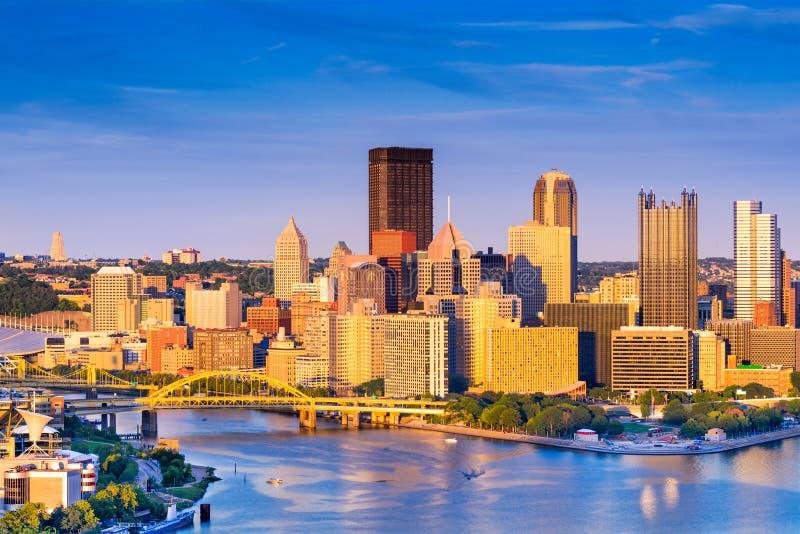 Paisaje urbano de Pittsburgh Pennsylvania imagenes de archivo