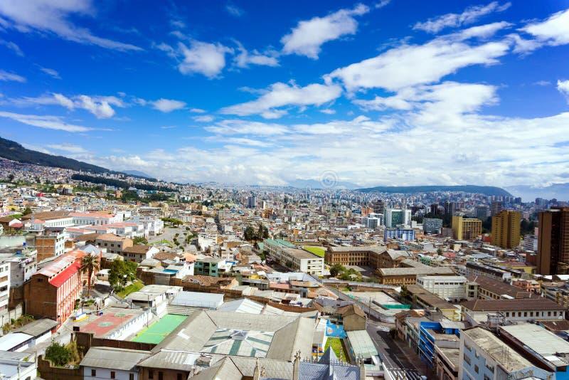 Paisaje urbano de Quito, Ecuador foto de archivo