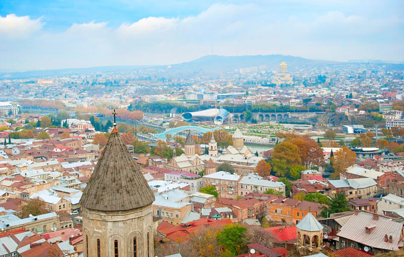 Download Paisaje urbano de Tbilisi imagen de archivo. Imagen de caucasus - 44850817