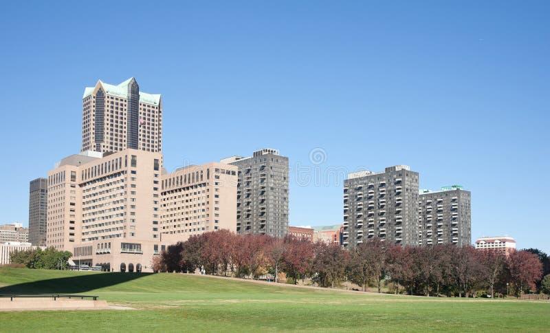 Paisaje urbano del horizonte de St. Louis foto de archivo