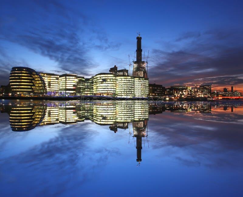 Paisaje urbano moderno de Londres imagen de archivo libre de regalías