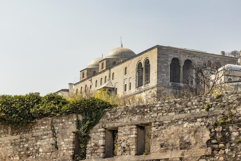 Paisaje urbano y visión desde el palacio del topkapi en Estambul foto de archivo libre de regalías