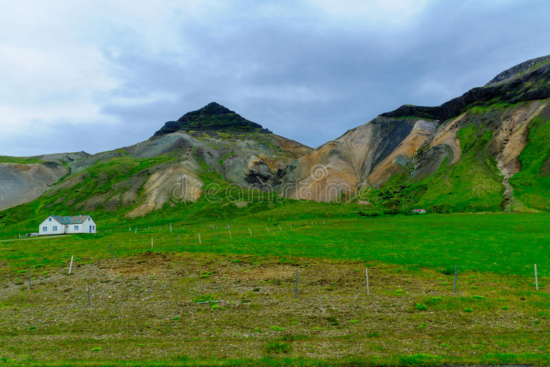Paisaje y campo en la península de Snaefellsnes fotografía de archivo