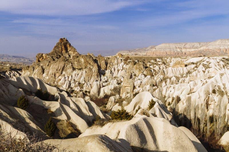 Paisaje y formación de roca cerca de Goreme en Cappadocia, Turquía imágenes de archivo libres de regalías