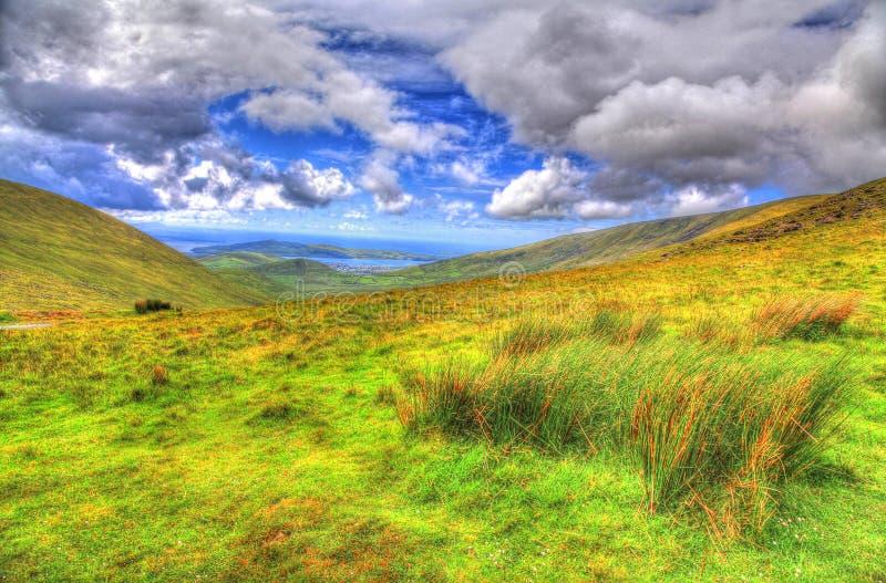 Paisaje y x28; HDR& x29; Conor Pass, condado Kerry, Irlanda fotos de archivo