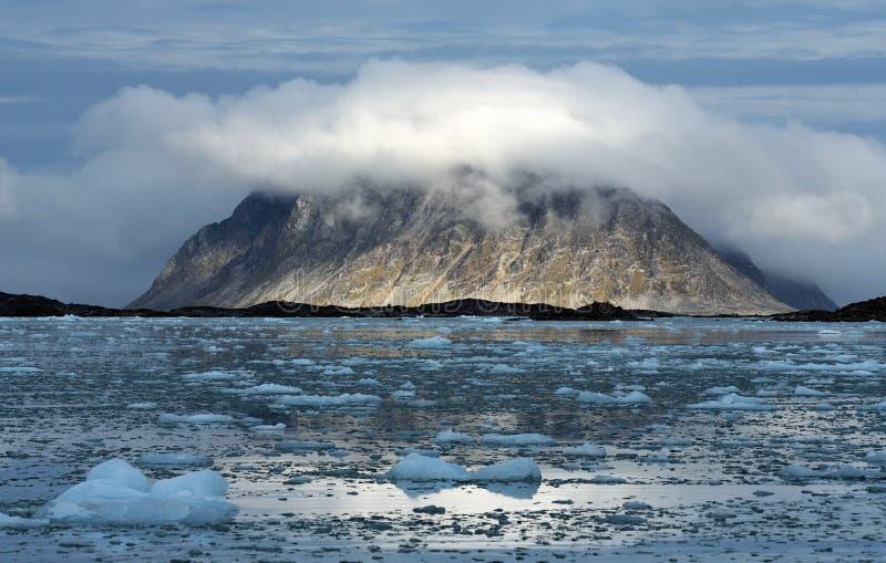 Paisajes de Svalbard/de Spitsbergen imagen de archivo