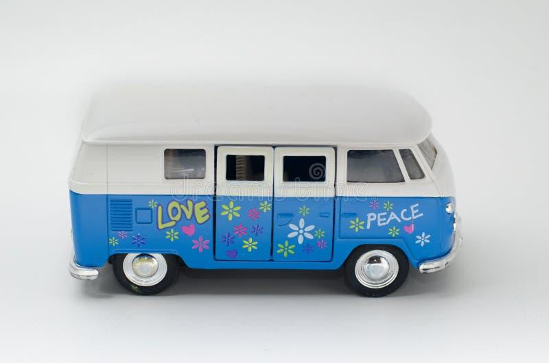 Paix et amour heureux d'autobus de hippie photo libre de droits