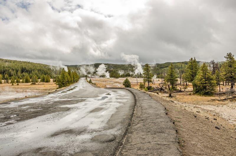Paix et beauté dans Yellowstone photographie stock libre de droits