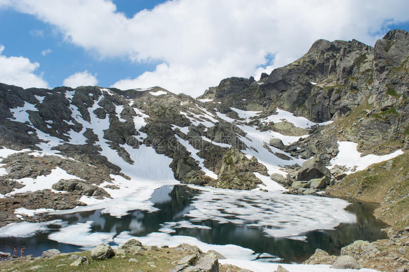 Paix et montagne photographie stock