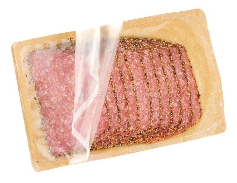 Pak van Duitse Peppered-Salami stock foto's