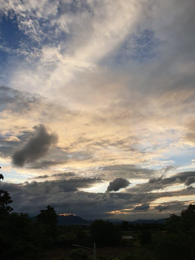 Pakchong alaranjado Tailândia do céu imagem de stock
