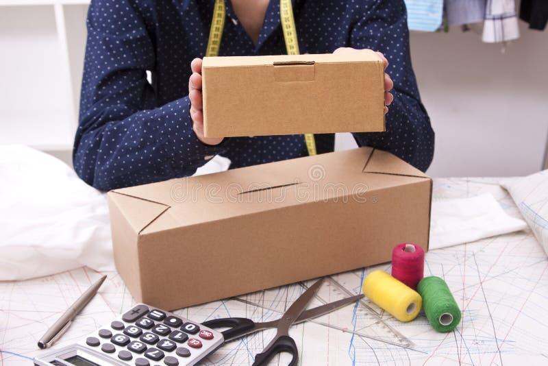 pakete lizenzfreies stockfoto