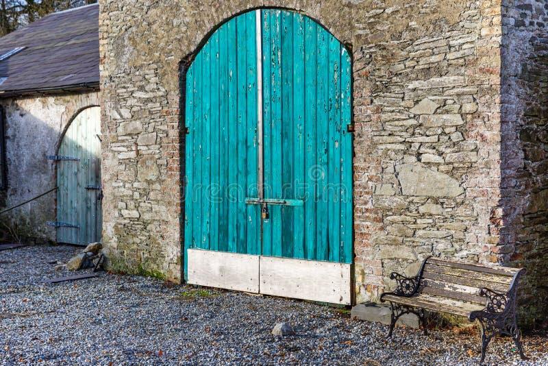 Pakhuis gesloten deur royalty-vrije stock fotografie