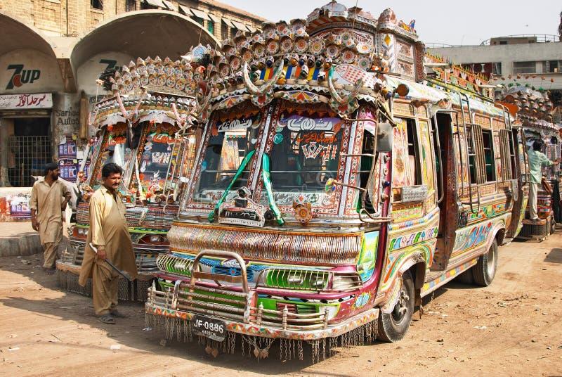 Pakistaanse lokale bussen royalty-vrije stock afbeeldingen
