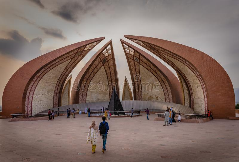 Pakistan-Monument in Islamabad im April lizenzfreie stockfotografie