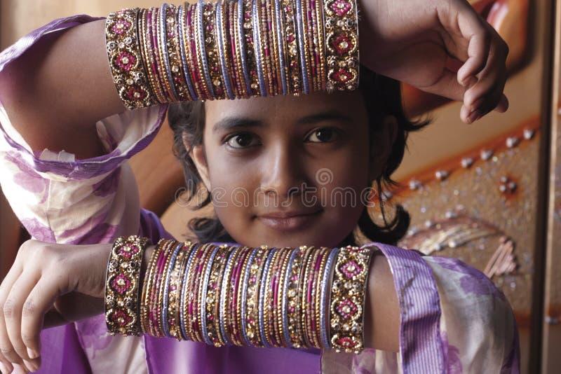 Pakistanisches Mädchen stockfotos