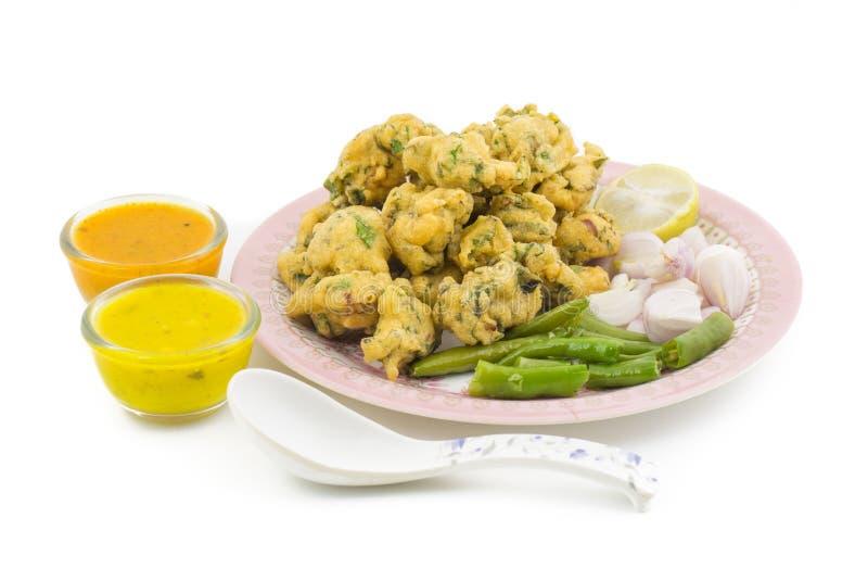 Pakora o Bhajiya imagenes de archivo