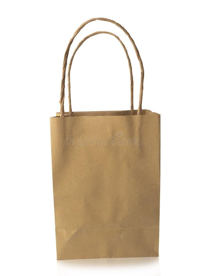 Pakpapier het winkelen zak op witte achtergrond Knippende weg royalty-vrije stock foto