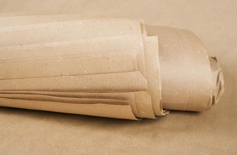 Pakpapierkraftpapier broodje stock foto's