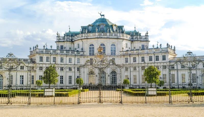 Palácio da caça de Stupinigi em Torino imagens de stock royalty free