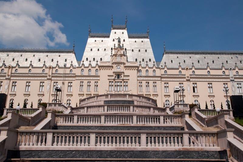 Palácio da cultura em Iasi (Romênia) foto de stock