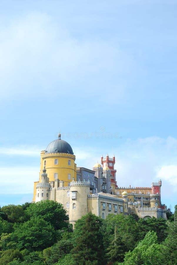 Palácio da opinião da paisagem de Pena em Sintra fotos de stock royalty free