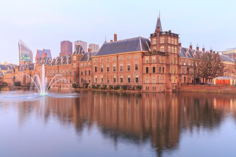 Palácio de Binnenhof em Haia (Den Haag), foto de stock