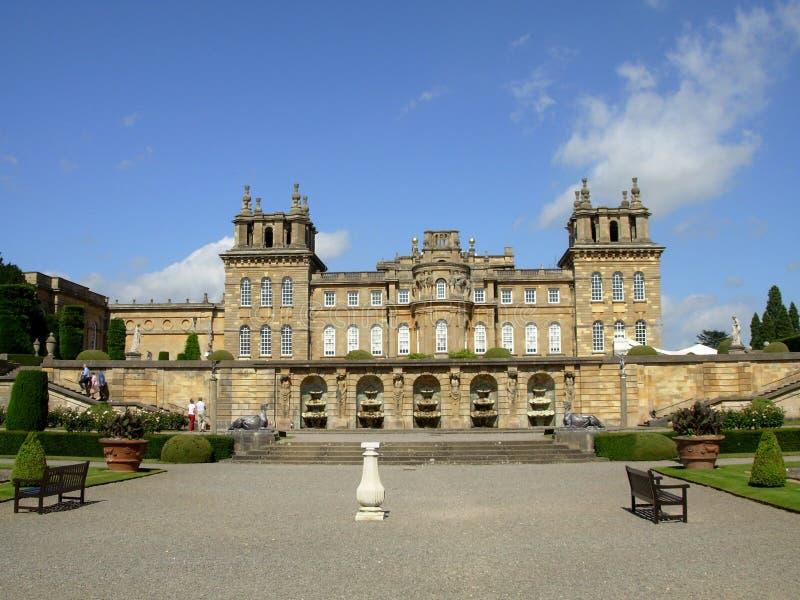 Palácio de Blenheim. Fachada e fonte ocidentais. imagem de stock