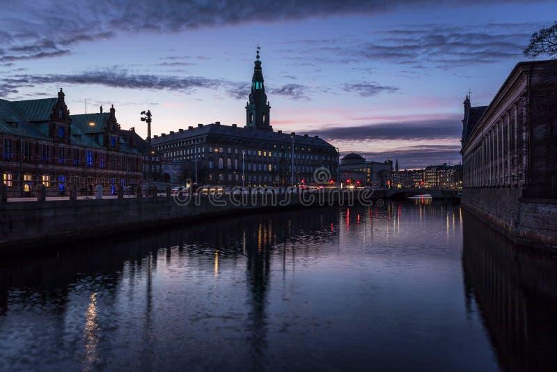 Palácio de Christiansborg em Copenhaga Dinamarca fotografia de stock