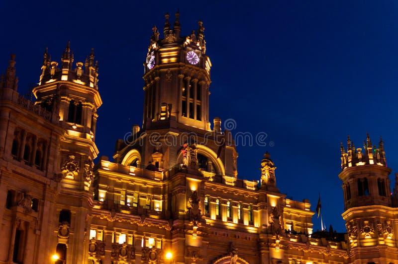 Palácio de Cibeles na noite fotografia de stock