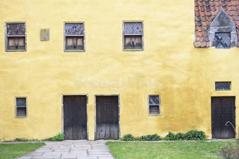 Palácio de Culross no burgh real escocês da vila do pífano imagens de stock