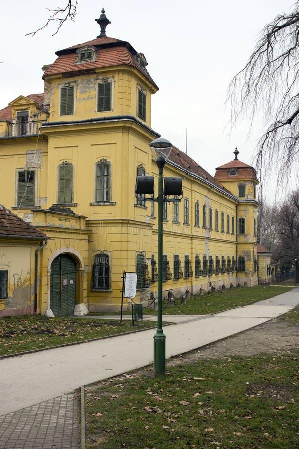 Palácio de Esterhazy em Tata fotografia de stock royalty free