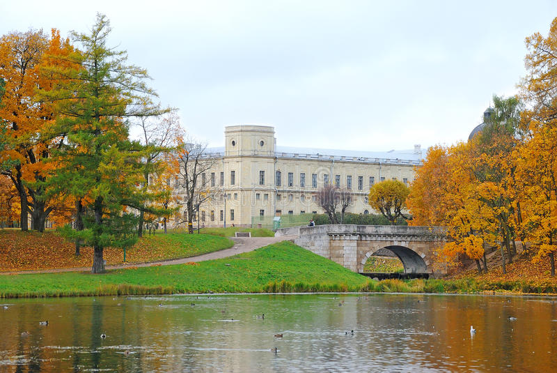 Palácio de Gatchina, subúrbio St Petersburg, Rússia foto de stock