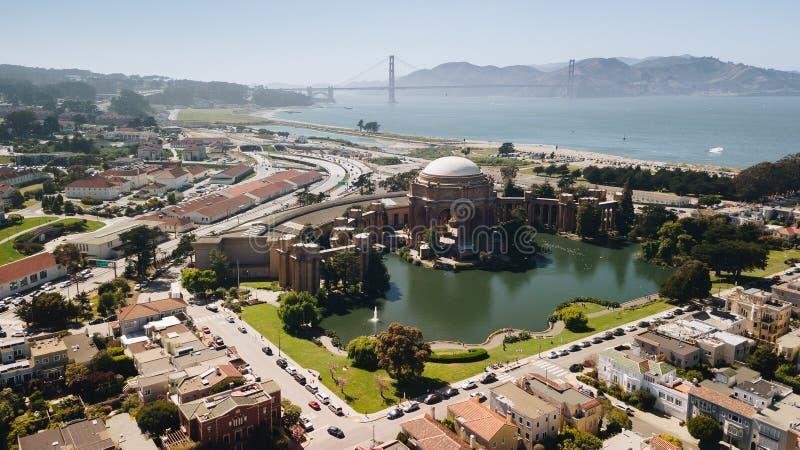 Palácio de marcos das belas artes no tiro da antena de San Francisco imagem de stock royalty free