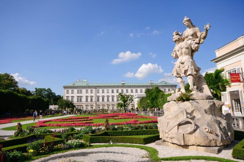 Palácio de Mirabell e jardim - Salzburg, Áustria fotografia de stock
