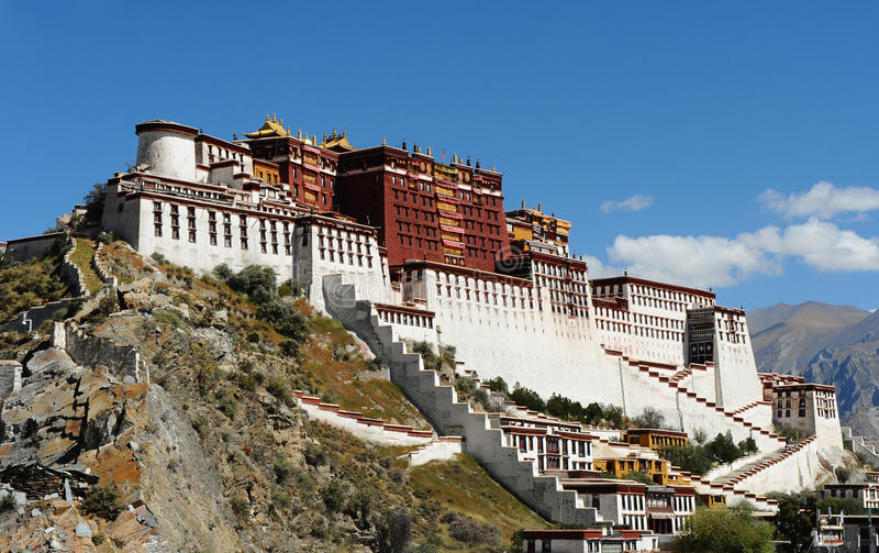 Palácio de Potala em Lhasa, Tibet fotos de stock royalty free