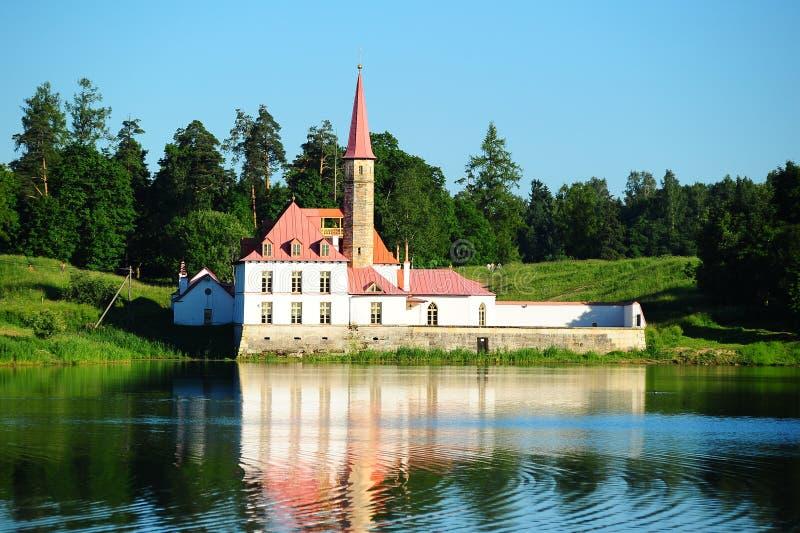 Palácio de Priorat em Gatchina imagens de stock royalty free