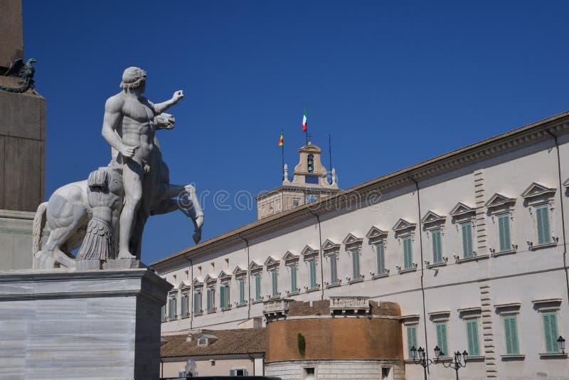 Palácio de Quirinale em Roma, Itália foto de stock