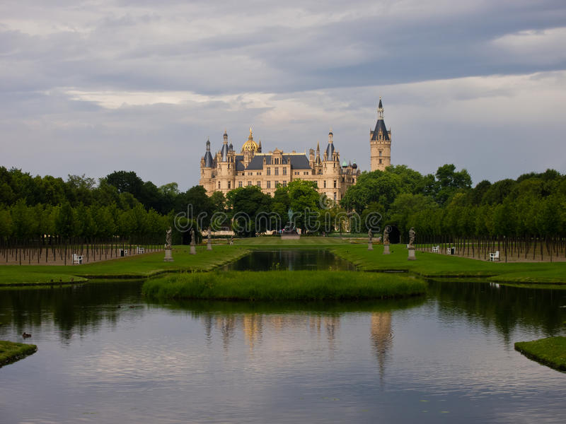 Palácio de Schwerin imagem de stock royalty free