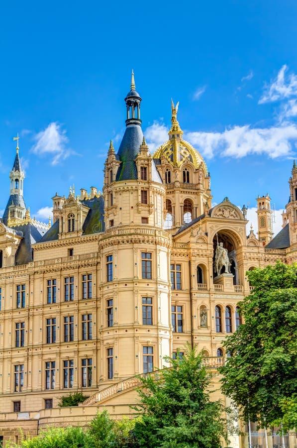 Palácio de Schwerin no estilo romântico da arquitetura do Historicism imagem de stock royalty free