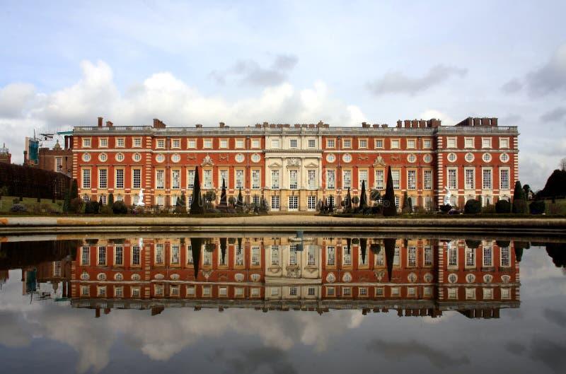Palácio do Hampton Court foto de stock royalty free
