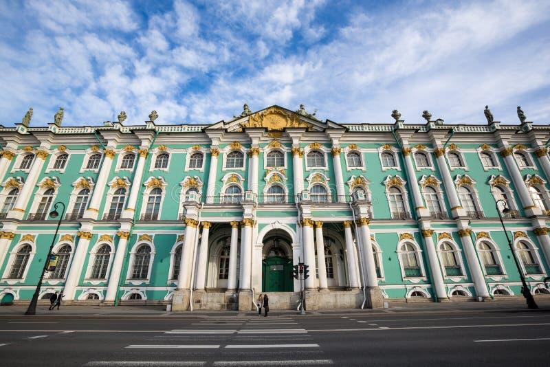 Palácio do inverno, museu de eremitério do estado - St Petersburg, Rússia foto de stock royalty free