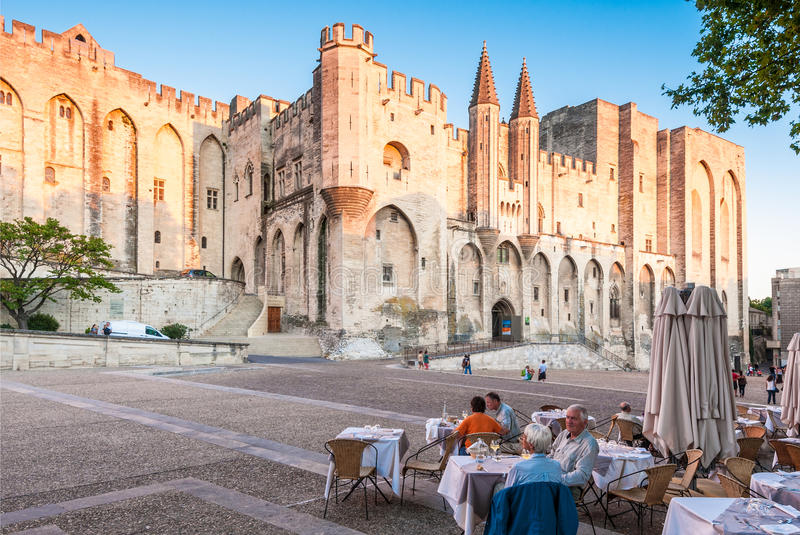 Palácio do papa de Avignon, France. imagem de stock royalty free