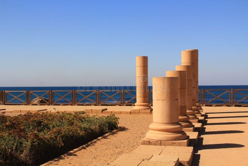 Palácio do promontório de Herods no parque nacional de Caesarea Maritima fotografia de stock