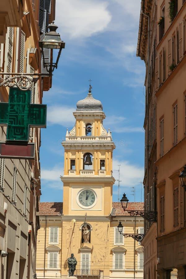 Palácio do regulador s, praça Garibaldi, Parma, Itália imagens de stock royalty free